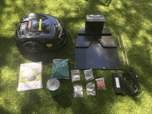 robot-lawn-mowers-australia-2568230-E1600_Unboxing.w1024 - 0-unbox-e1600-
