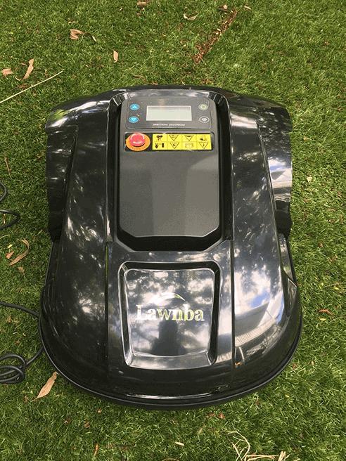 15-unbox-robot lawn mowers australia-2561369-E1800T_Unboxing-15.w1024